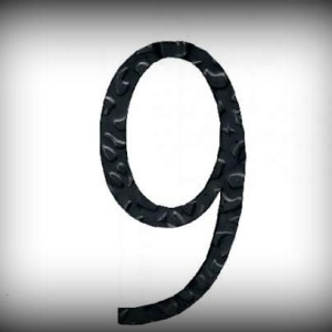 Artikel-Nr. 17-219 Hausnummer 9, elegante Zahl in antikem Design