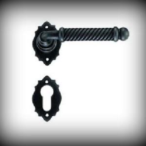 Artikel-Nr. 24-2101 Rosettengarnitur 120 mm, 60 x 40 mm Schmiedeeisen