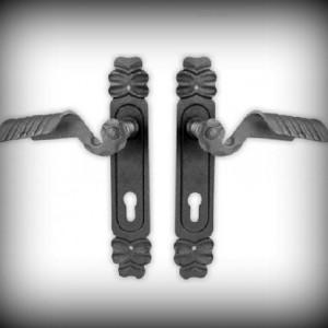 Artikel-Nr. 24-300 Türklinkengarnitur 260 x 46 mm x 3 mm, PZ 85 mm